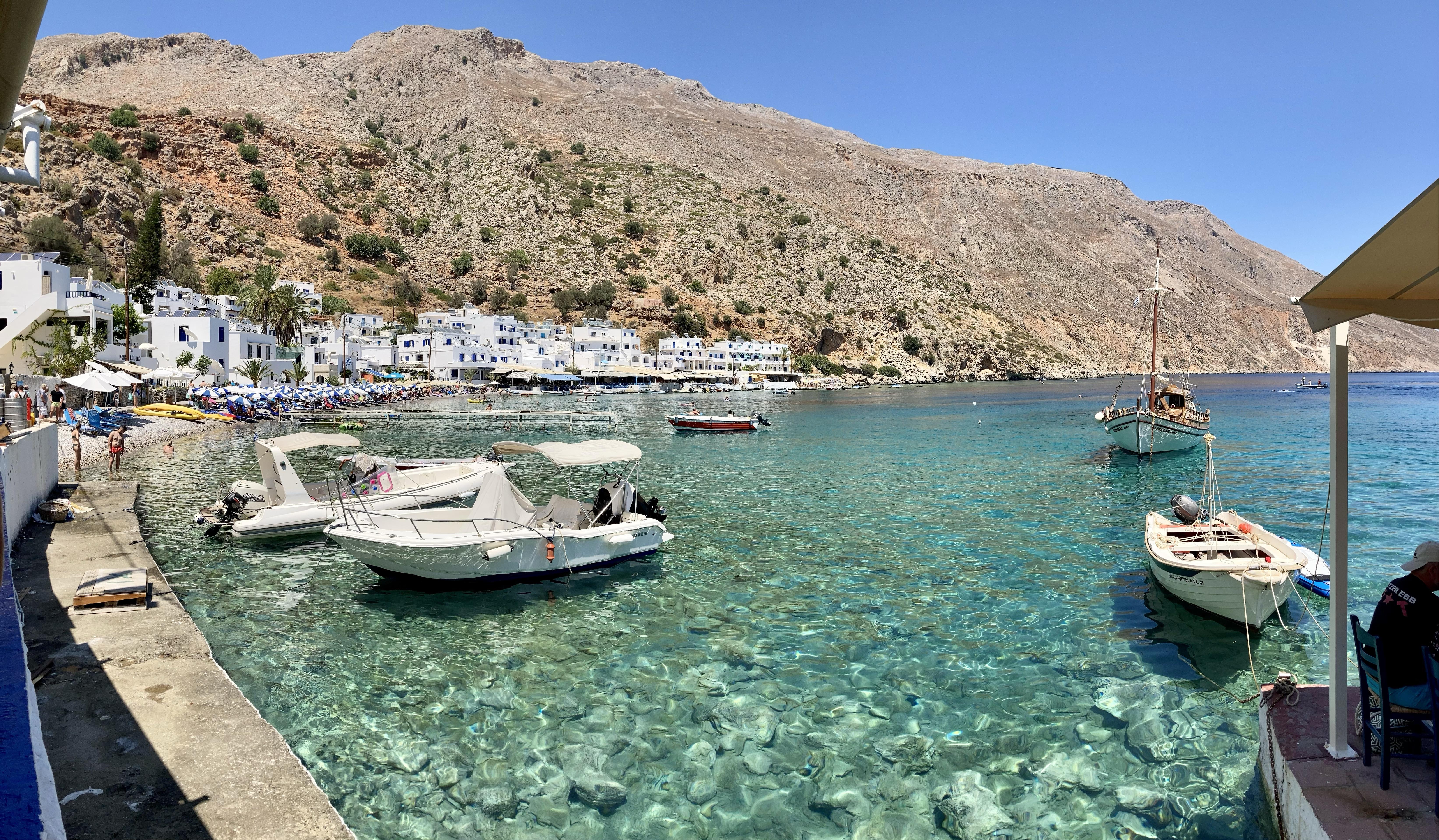 Creta en 8 azules